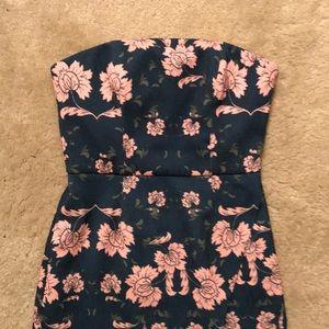 Gorgeous unworn strapless floral dress!